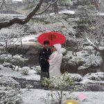 雪の白河院でロケ撮影